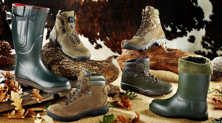 a variety of insulated vs uninsulated hunting boots
